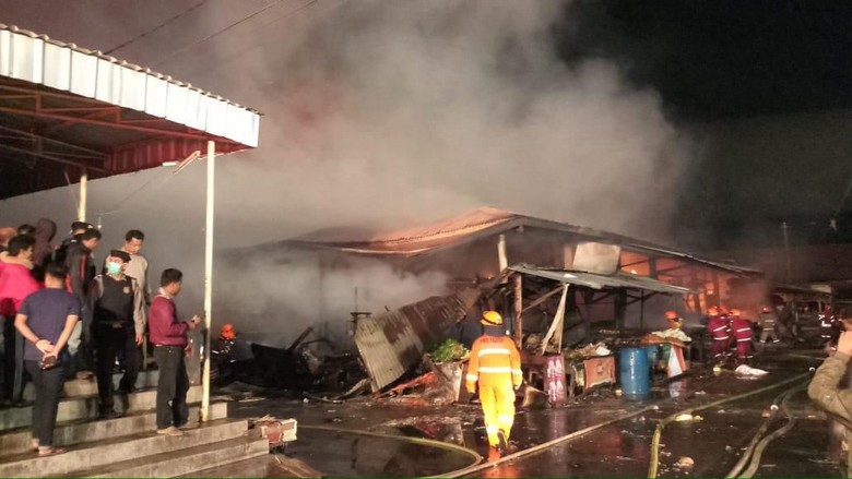 170 Kios di Pasar Gedebage Bandung Ludes Terbakar